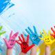 sơn tường bằng nhiều màu khác nhau